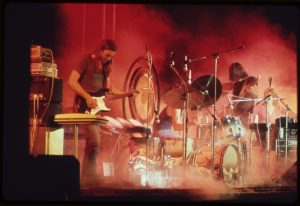 ROCK_CONCERT._(FROM_THE_SITES_EXHIBITION._FOR_OTHER_IMAGES_IN_THIS_ASSIGNMENT,_SEE_FICHE_NUMBERS_42,_97.)_-_NARA_-_553890